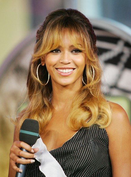 15 Sensational Beyonce Hairstyles Long Updo And Braided Hair Latest Hair Styles Cute