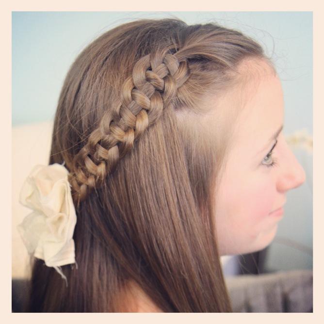 Cute Braided Hair For Little Girl_01