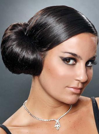 Classic side bun hairstyles for wedding