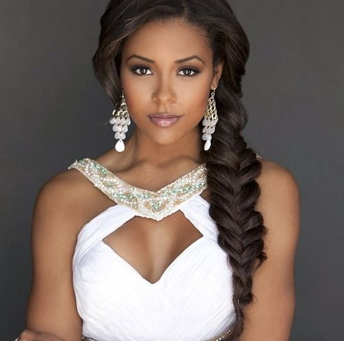 Fishtail Braids Hairstyles for Black Women_02