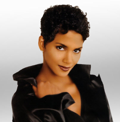 11 Halle Berry Hairstyles That Maximize Your Look Latest