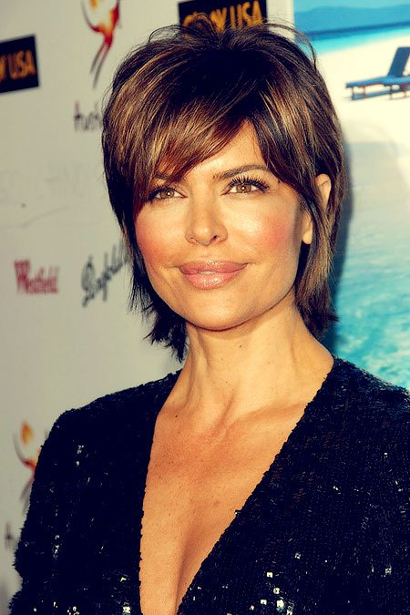 Lisa Rinna Short Layered Hairstyle