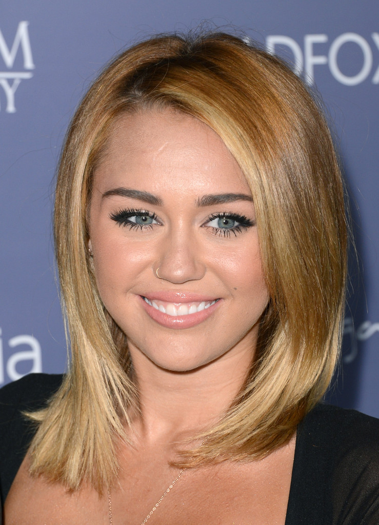 The Hottest Miley Cyrus Hairstyles All Of Time Latest