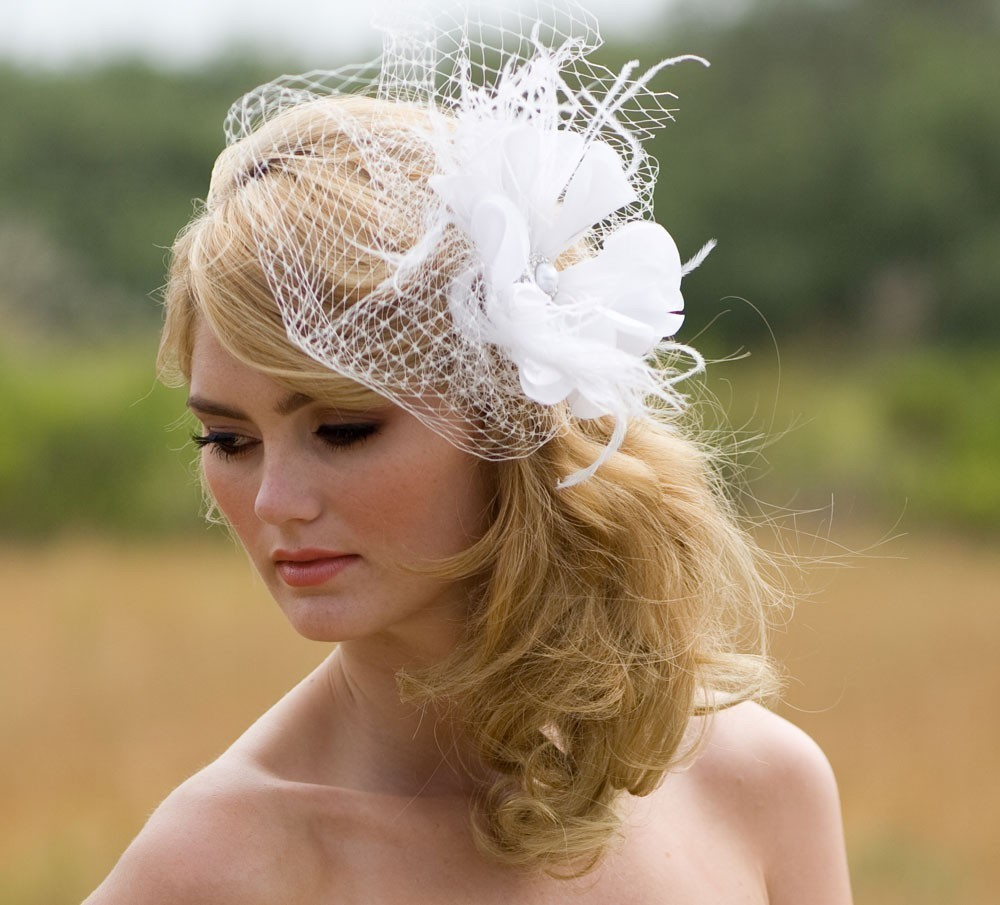 Side Wedding Hairstyles: Side Ponytail Wedding Hairstyle With Flowered Headband_06