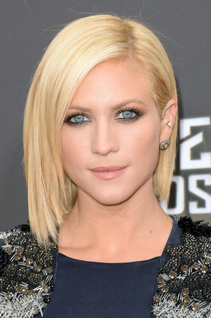 Simple Short Bob Hairstyles For Straight And Blonde Thin Hair