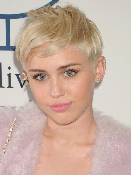 Pixie Hairstyles for Teen Girls