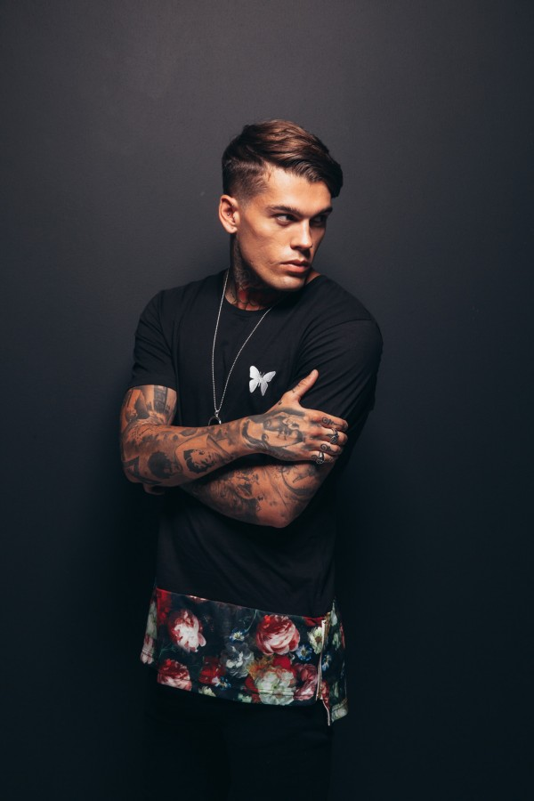 Popular Men S Hairstyles With Short Side Long On Top
