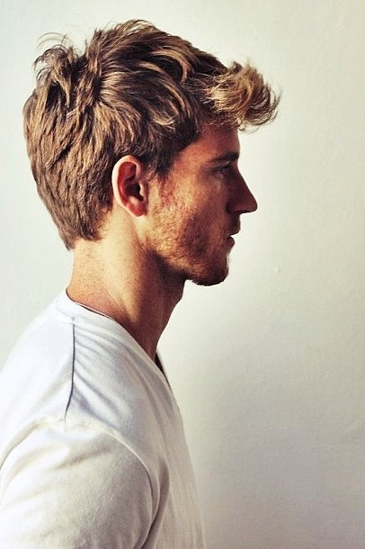 Cool messy short hairstyles for guys