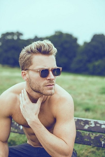 Modern Pompadour To Wear With Blond Hair For Cool Guys