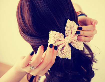 Hair Bow for Cool and Cute Appeareance