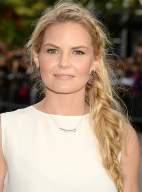 Keri Russell's Loose Side Braid for Thick Hair