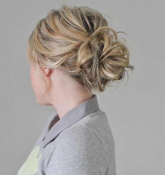 Messy Bun - an example of easy hairstyles for girls to do themselves