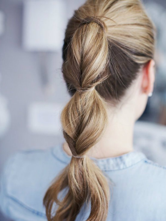 Twisted Ponytail Is Fast And Easy Hairstyles For School